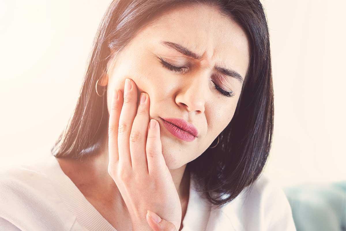 How to deal with Gum Sensitivity, Thomas Dental, Phoenix AZ